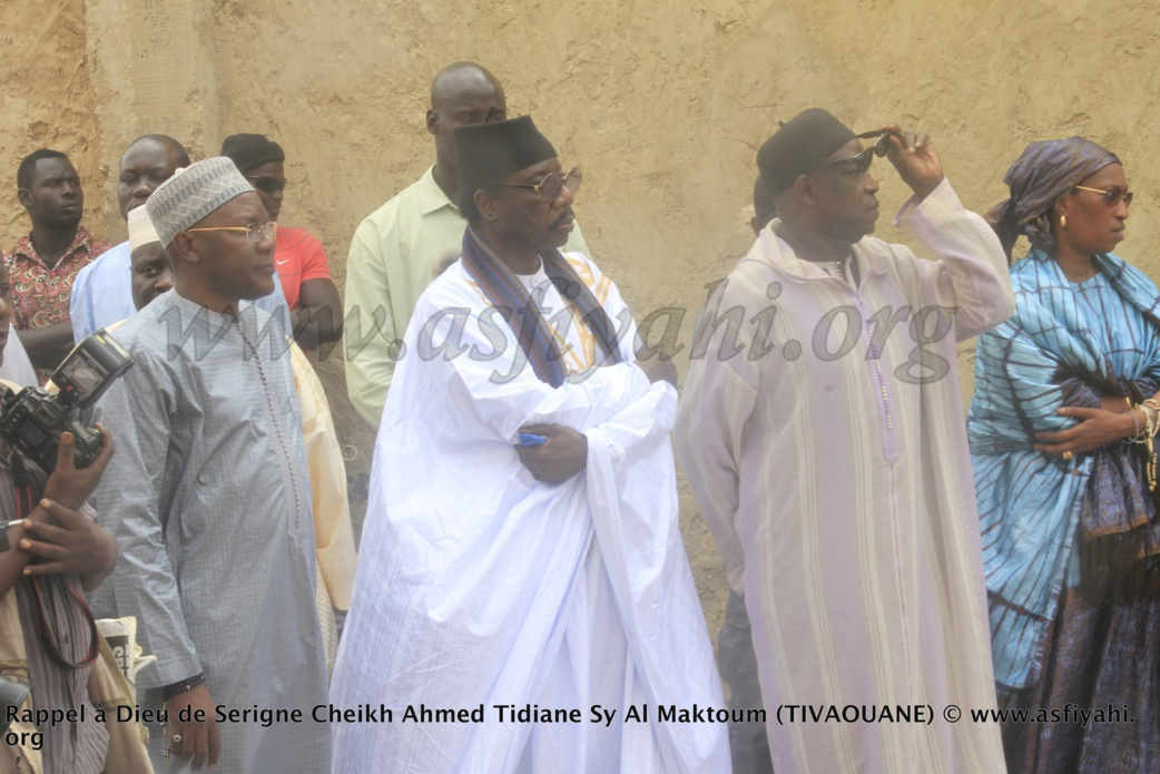 PHOTOS - RAPPEL À DIEU D'AL MAKTOUM: Les Images de la Présentation de Condoléances du President de la République