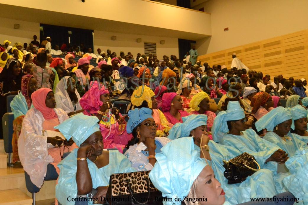 PHOTOS - ITALIE - BERGAMO : Les images de Conférence du Dahiratoul Sillatou Rahim de Zingonia