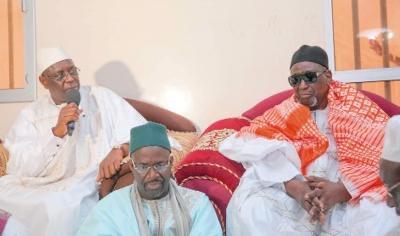 LOUGA - Macky Sall sollicite des prières auprès de Thierno Bachir, réitère son appel pour la lutte contre l'extremisme; Thierno Bachir Tall lui offre une résidence à Louga