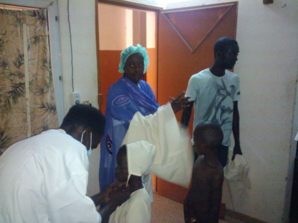 """ASSOCIATION """"IKHRA"""" DE SOKHNA FATSY DJAMIL  : Remise de Don le 15 Septembre 2012 à Liberté 6  , Journée Medicale  le 22 Septembre 2012 à Tivaouane"""