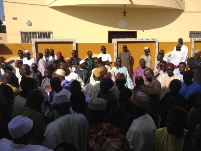 VIDEOS - Serigne Pape Malick Sy et Serigne Mbaye Sy Mansour à la Levee du Corps de Abdoul Aziz Ndiaye Bouna Alboury