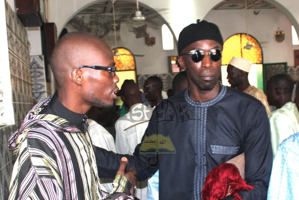 Serigne Abdou Sy Ibn Serigne Cheikh Tidiane Sy Al Maktoum en compagnie de l'Administrateur du site Asfiyahi.Org , Mame Oumar Ndiaye Ibn Sokhna Khady Sy Bint Serigne Babacar Sy