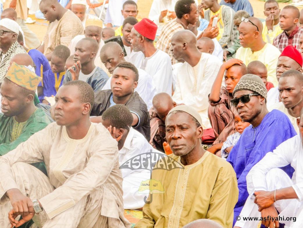 PHOTOS - KORITÉ 2015 À TIVAOUANE : Les Images de la Prière à Kheulkhouss dirigée par Serigne Mbaye Sy Abdou صلاة عيد الفطر بمدينة تواون  السنغال