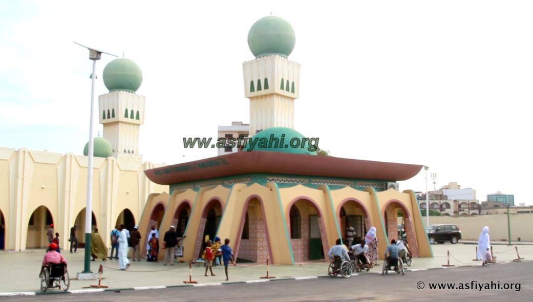 PHOTOS - TABASKi 2015 - Les Images de la Prière à la Mosquée Omarienne de Dakar