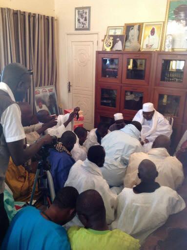 Une délégation de Hizbut-Tarqiyyah reçue ce Jeudi à Tivaouane par Serigne Abdou Aziz Al Amine