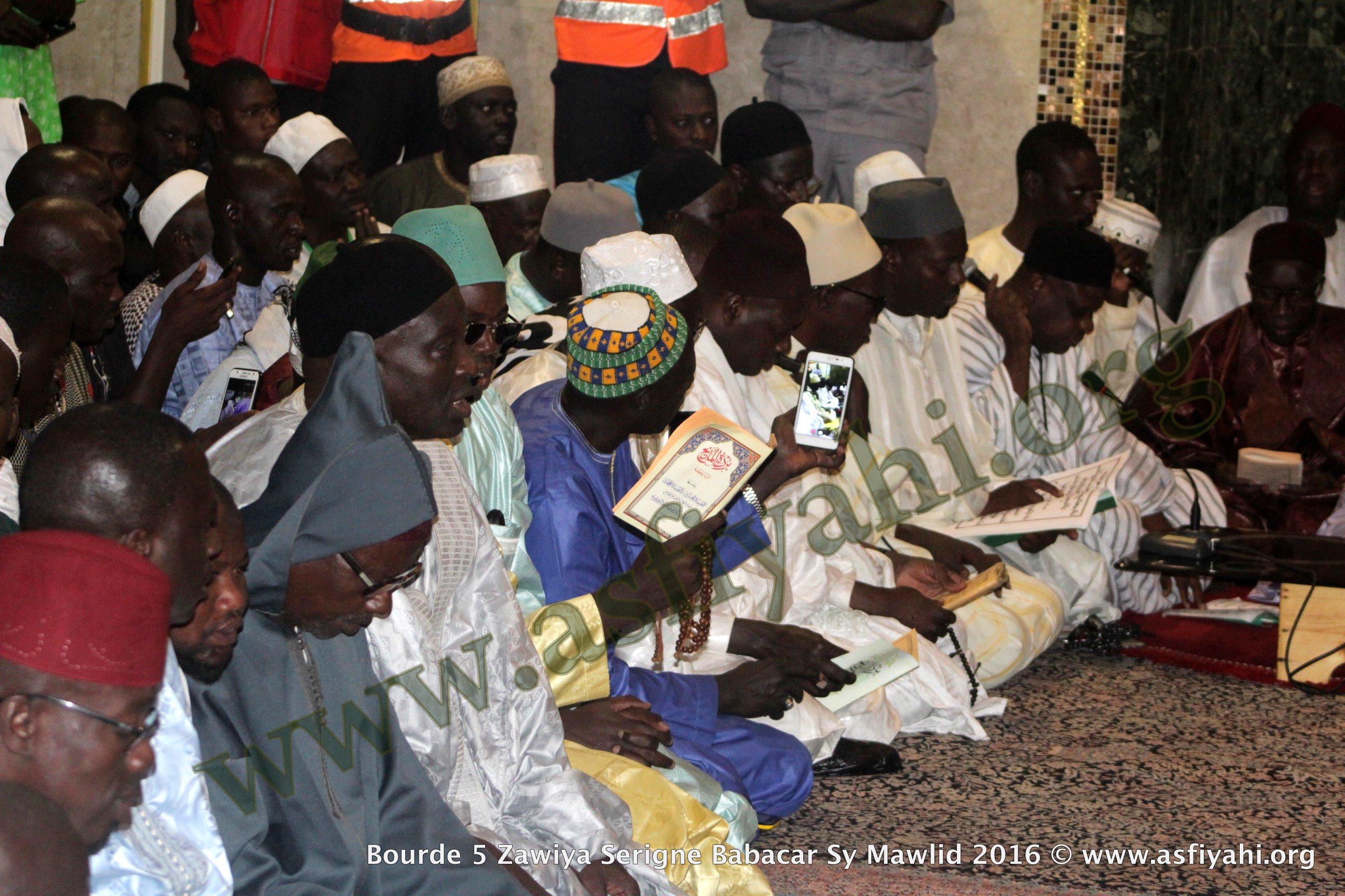 PHOTOS - BURD GAMOU TIVAOUANE 2016 - Les Images de la Nuit du DImanche 4 Decembre 2016 à la Mosquée Serigne Babacar SY (rta) de Tivaouane