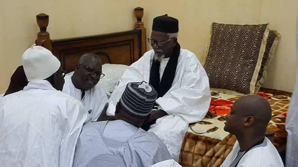CONDOLÉANCES AU KHALIF DES MOURIDES - Une délégation de Serigne Abdoul Aziz Sy Al Amine reçue par Serigne Cheikh Sidy Mokhtar Mbacké