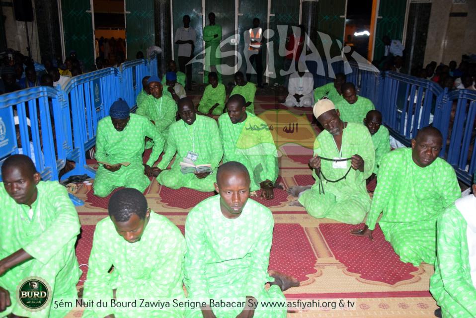 PHOTOS - TIVAOUANE - Les Images de la Cinquiéme nuit du Bourde à la Mosquée Serigne Babacar Sy