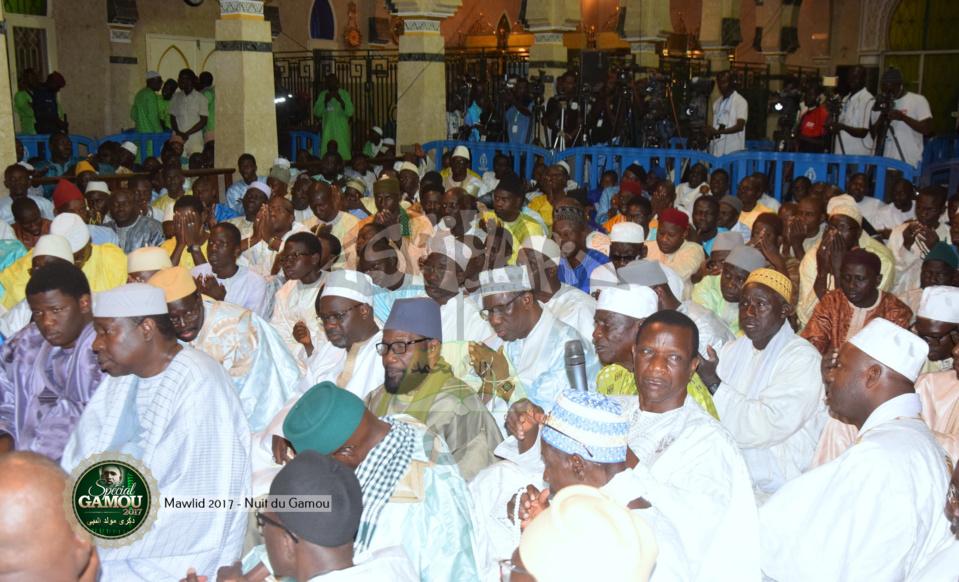 PHOTOS - Gamou Tivaouane 2017 - Les Images de la nuit du Gamou à la Mosquée Serigne Babacar Sy (rta)