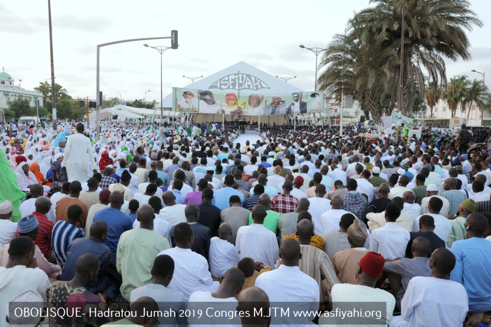 PHOTOS - OBELISQUE - Les Images de la Hadratoul Jumah 2019 organisée par le Mouvement Jeunesse Tidiane Malikite sous la presidence de Serigne Babacar Sy Abdoul Aziz