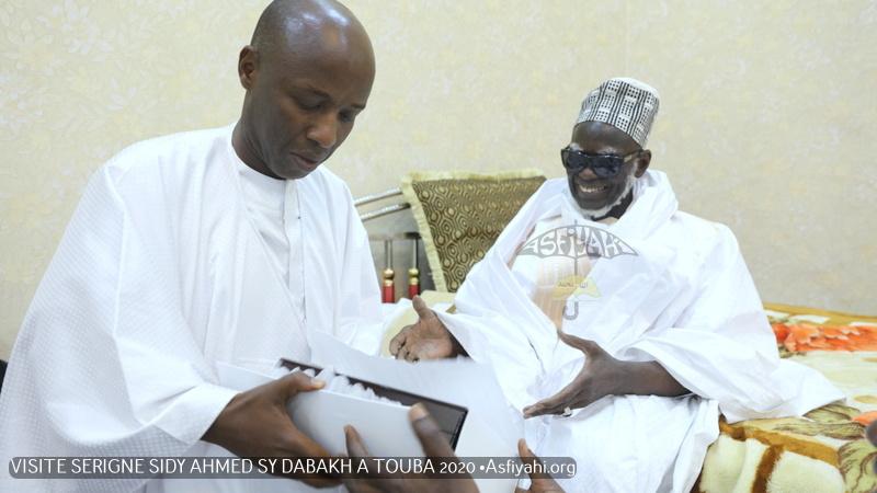 PHOTOS - Serigne Mountakha Mbacké, parrain du Gamou annuel de Diacksao: Les Images de la Visite de Serigne Sidy Ahmed Sy Dabakh à Touba