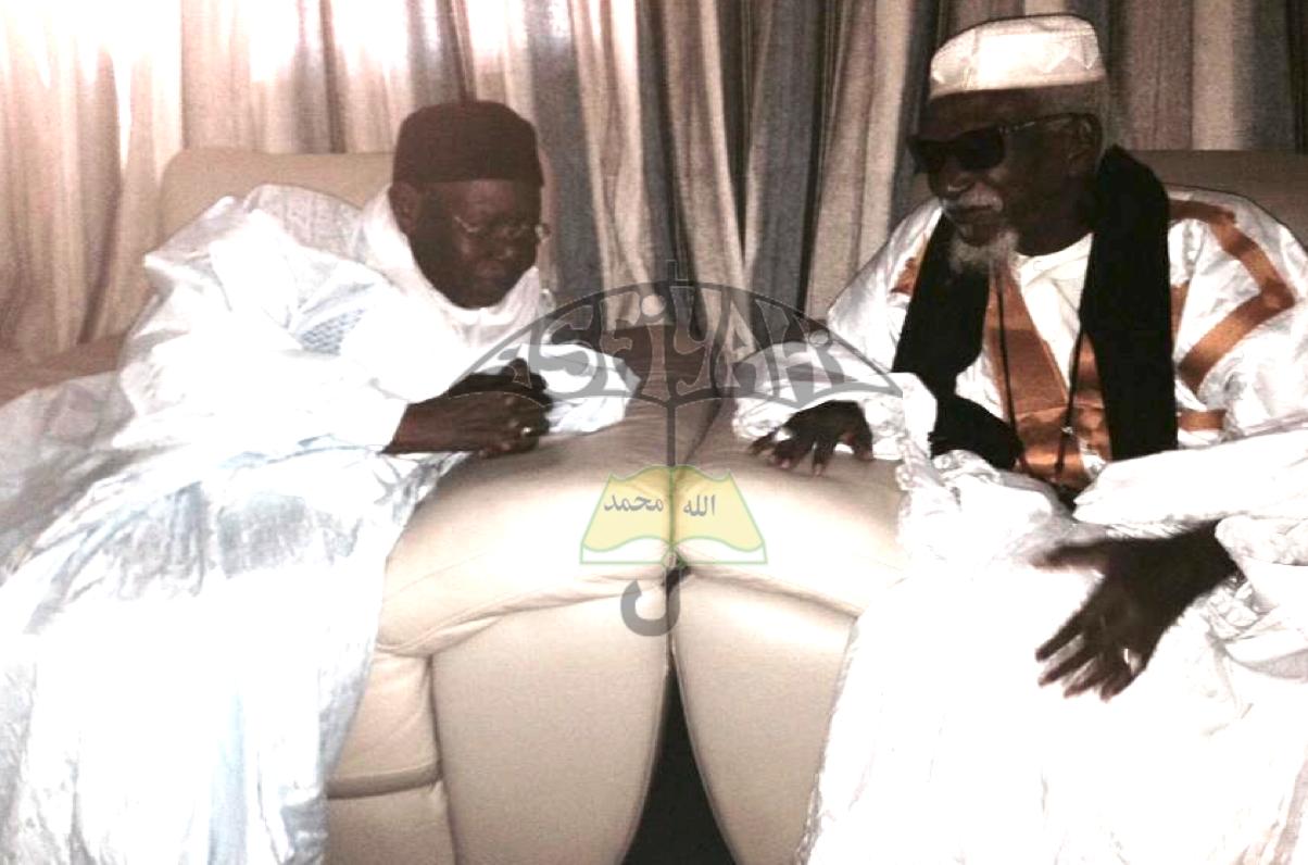 TOUBA : Cheikh Sidy Mokhtar Mbacké a reçu ce jeudi Serigne Abdoul Aziz Sy Al Amine : Ce que les deux hommes se sont dit