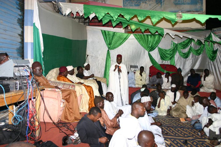 Veillée Religieuse de la Jeunesse Tidiane de Dakar Plateau , ce Vendredi 15 Août sur l'avenue Ponty