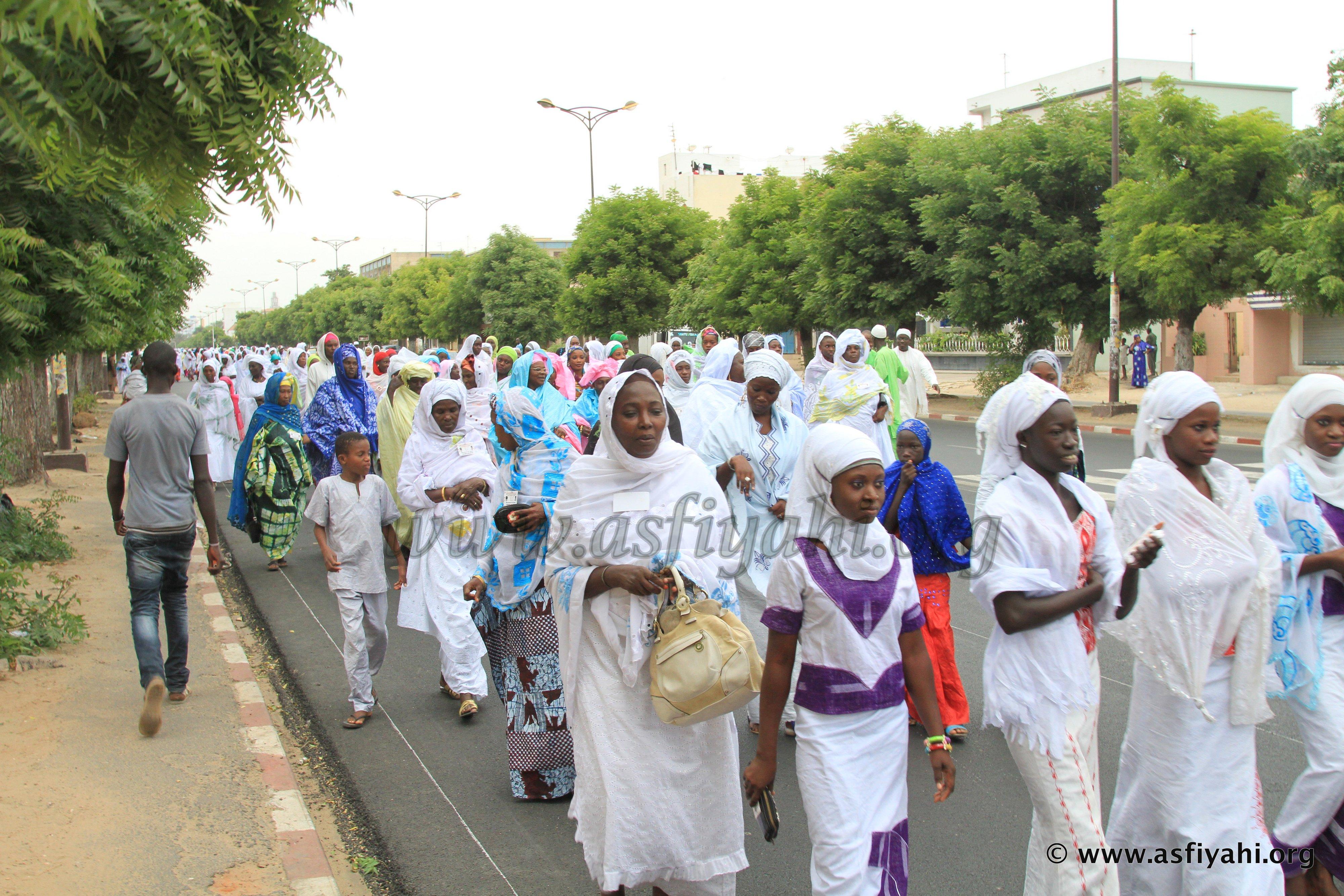VIDEO - JOURNÉES CHEIKH 2014 - Regardez la grande mobilisation des Jeunes Tidianes , en réponse à l'appel de Serigne Abdoul Aziz Sy Al Amine