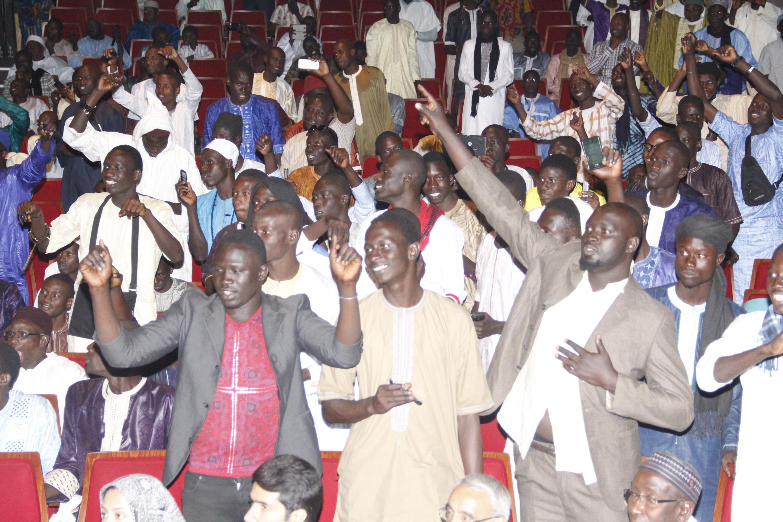 PHOTOS - Les Images du spectacle d'évocation religieuse en sons et lumières , organisé par la Cellule Zawiya Tijaan