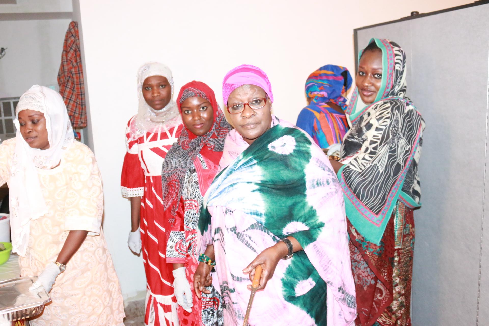 wa wagnebii: Houleye Diagne, sokhna Awa Ba Yayou daara, Amy Diouf, Amy séne