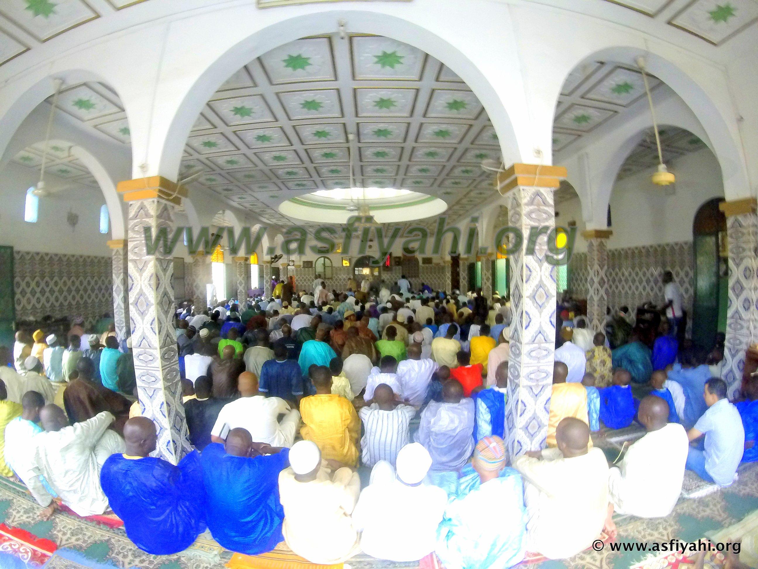 PHOTOS - TABASKI 2015 - Regardez les Images de la Prière à la Zawiya El Hadj Malick SY de Dakar