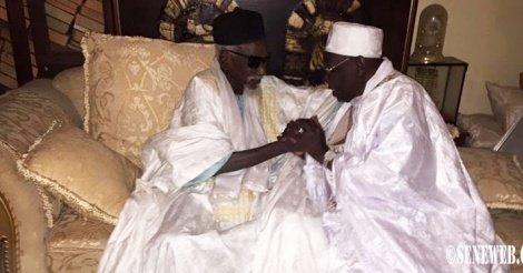 RAPPEL À DIEU DU KHALIF DE DAROU MOUHTY: Serigne Abdoul Aziz Sy à Touba pour presenter les condoléances de Tivaouane