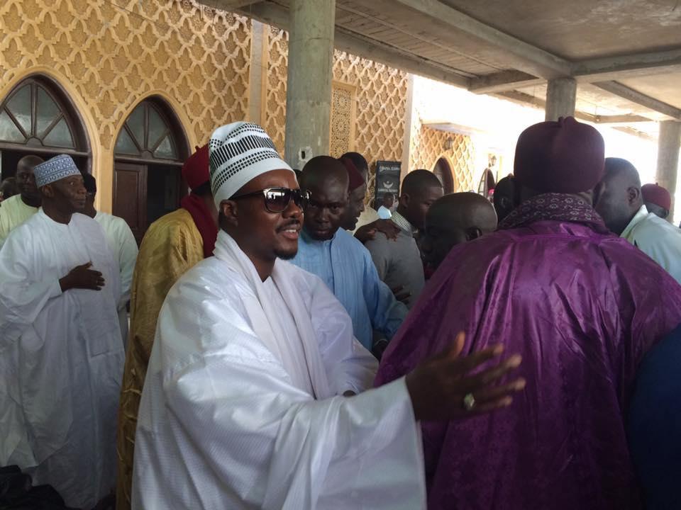 FASS - Serigne Bassirou Mbacké Abdou Khadre présente les Condolèances de la Communauté Mouride à la Famille de Seydi Djamil