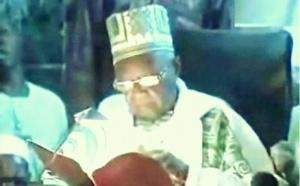 [VIDEO] Ouverture du Bourde 2010 à Tivaouane sous la Direction du Khalif General Serigne Mansour SY et Serigne Abdou Aziz SY Al Amine