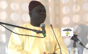 VIDEO GOREE 2012 - Oustaz Alioune Diagne décrypte l'ouvrage Kifâyatu Râghibine de El Hadj Malick Sy