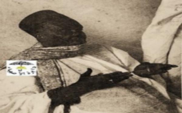 Structuration de la prière ou comment effectuer les cinq ( 5 ) prières : Takhawal Djouli