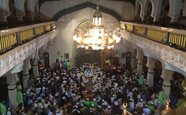 DIRECT BOURDOU TIVAOUANE - Suivez En Direct l'Ouverture du Bourdou à la Mosquée Serigne Babacar Sy