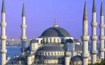 A LA DECOUVERTE D'UNE VILLE MILLENAIRE : Avec ses 3 000 mosquées, Istanbul affiche fière allure